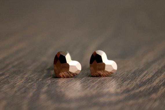 rose-gold-heart-earrings